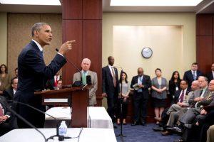 Başkan Obama, Parti Meclis Toplantısı'nda konuşma yaptı Haziran 2015'te, Başkan Obama ticaret anlaşması hakkında Parti Meclis Toplantısı'nda konuşma yaparken.