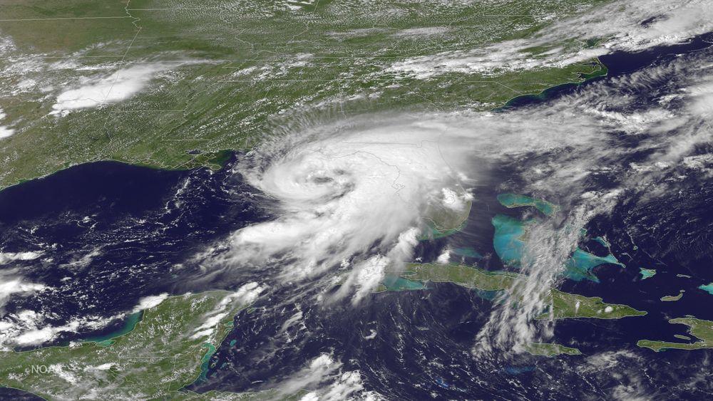 Ulusal Okyanus ve Atmosfer Dairesi'nin GOES Doğu uydusundan görülen Hermine Kasırgası.