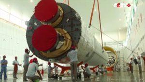YF-77 motorlu Long March 5 Çin Roketi