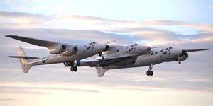 SpaceShipTwo Unity, WhiteKnightTwo Eve'in geniş kanatları altında ikinci uçuşunu gerçekleştirdi.