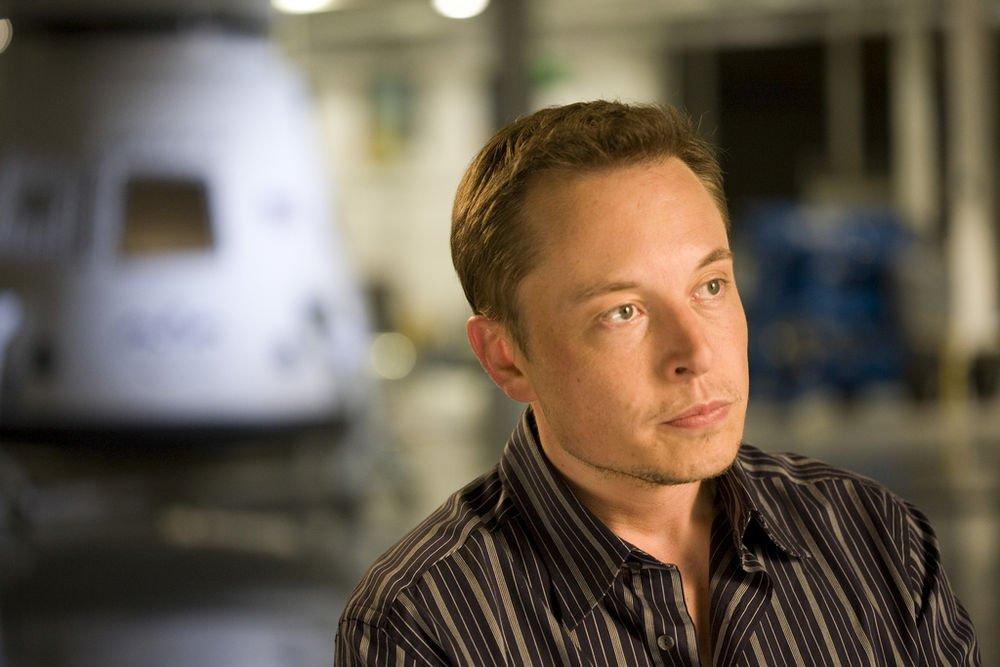 Elon Musk takipçilerini büyük Tesla duyurusu için bir gün daha bekletti.