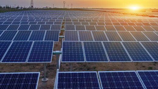 40 Yıl Süren Arayıştan Sonra, Güneş Panellerinin Verimliliğini Etkileyen Önemli Kusur Bulundu
