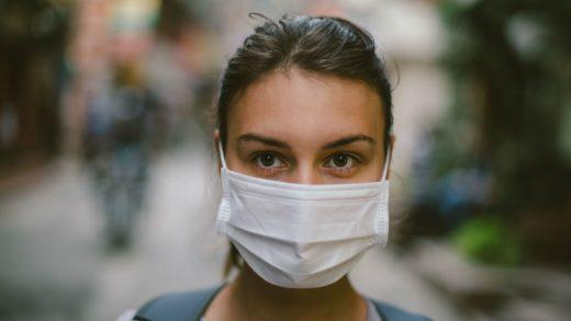 Maske Takmak Sizi Virüslerden Korur Mu?