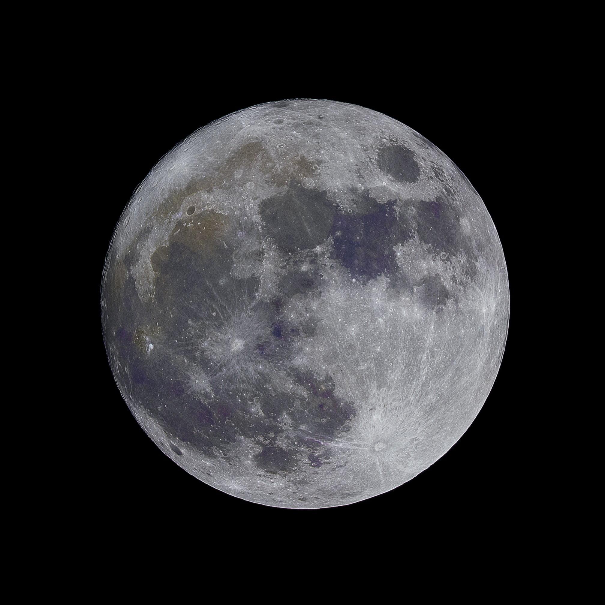 Ay'ın Kraterlerindeki Metal, Uydunun Kökenine Dair Yeni Fikirler Sunuyor - Popular Science